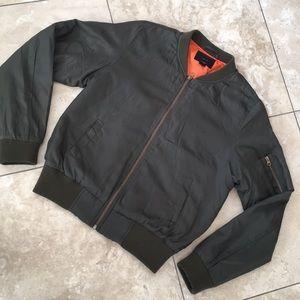 IRIS polyester puffed olive jacket